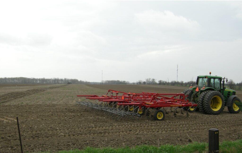 Tillage Cultivator Corn